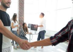 Jak poprawić osiągane zarobki w swoim miejscu pracy?