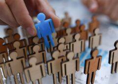 Kto najczęściej decyduje się na pomoc agencji rekrutacyjnej?